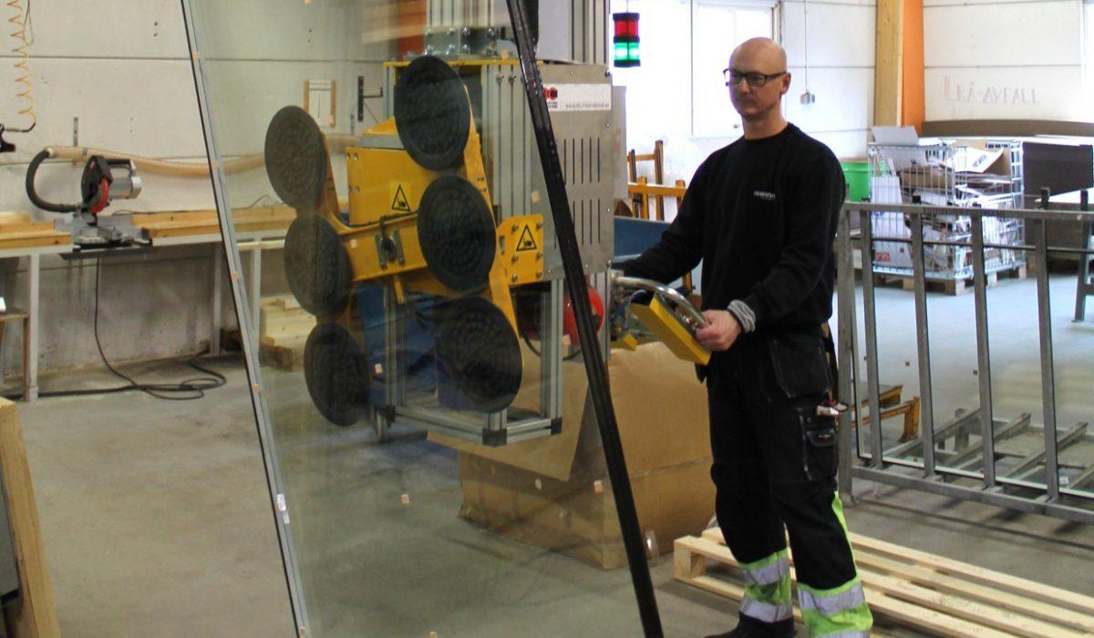 Lyfthantering för glasindustrin